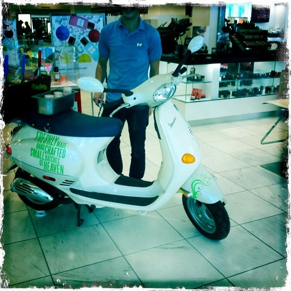 Vespa's love clean vinyl