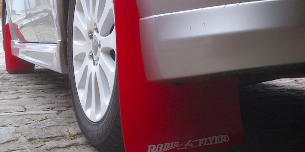Radio Flyer – Custom automotive decals for mudflaps